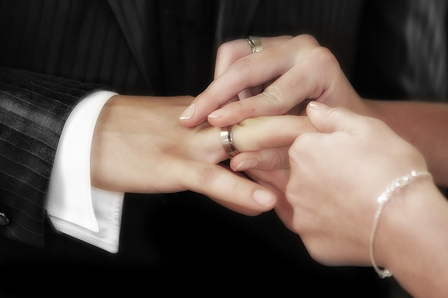 Just got married? Here's how to plan your finances as husband and wife!